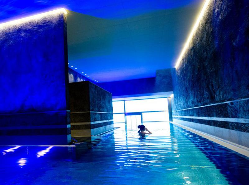 Abb. zu Reisebericht des Monats: Da ist Musik drin! Zu Besuch im Hotel Schwarzbrunn (Stans, Tirol)
