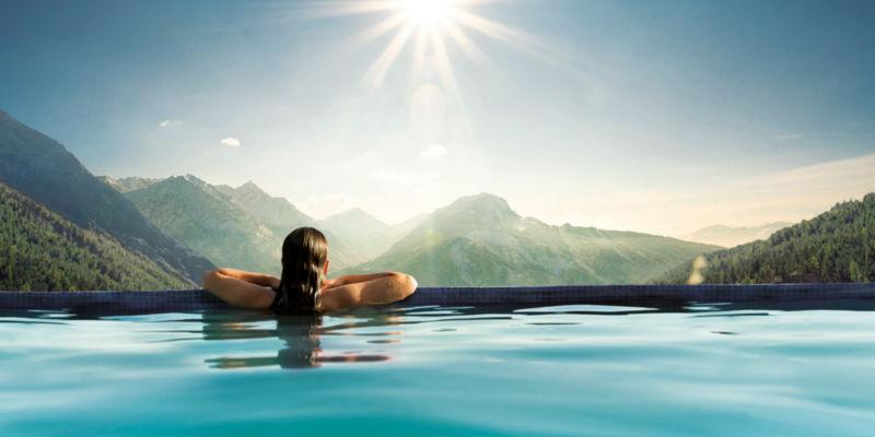 Abb. zu Die zehn schönsten Hotelpools im deutschsprachigen Raum