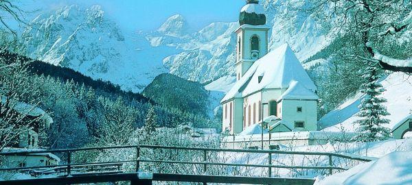Abb. zu Wintertage auf leisen Sohlen: Auszeit für dich und mich im Bayern Chalet