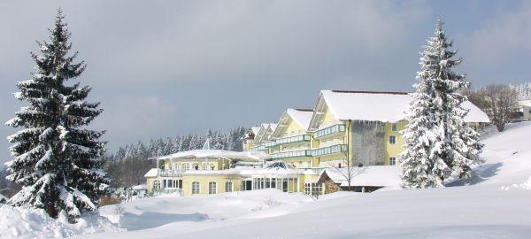 Abb. zu Winterwellness im höchstgelegenen Pfarrdorf des Bayerwaldes