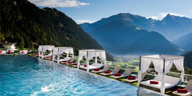 Abb. zu STOCK resort auf Platz 2 der TOP 25 Luxushotels - Österreich