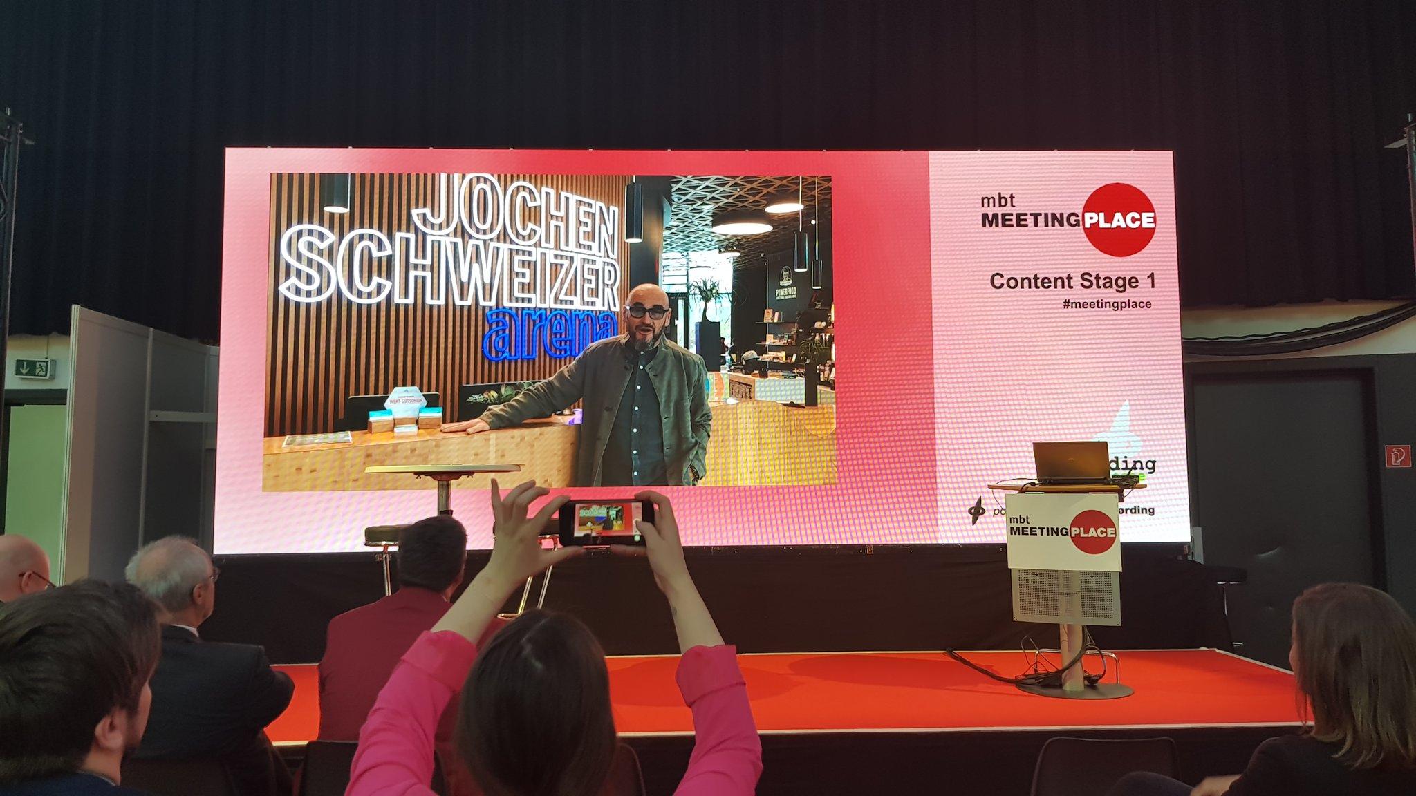 Abb. zu Artikel Jochen Schweizer mit MICE Achievement Award ausgezeichnet