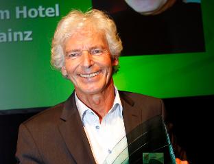 Abb. zu Artikel Dr. Lothar Becker ist Top-Tagungshotelier 2014